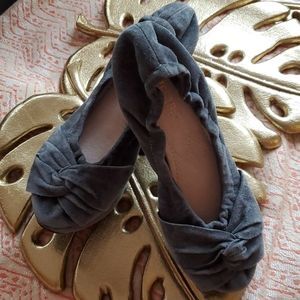 Restricted Brand Shoes Size 5